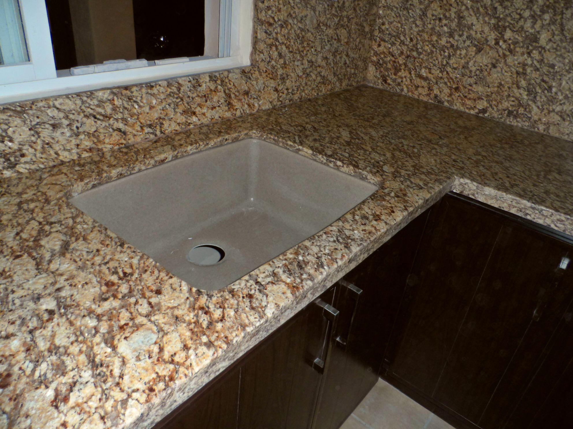 Granito para su cocina de pvc for Barras de granito para cocina