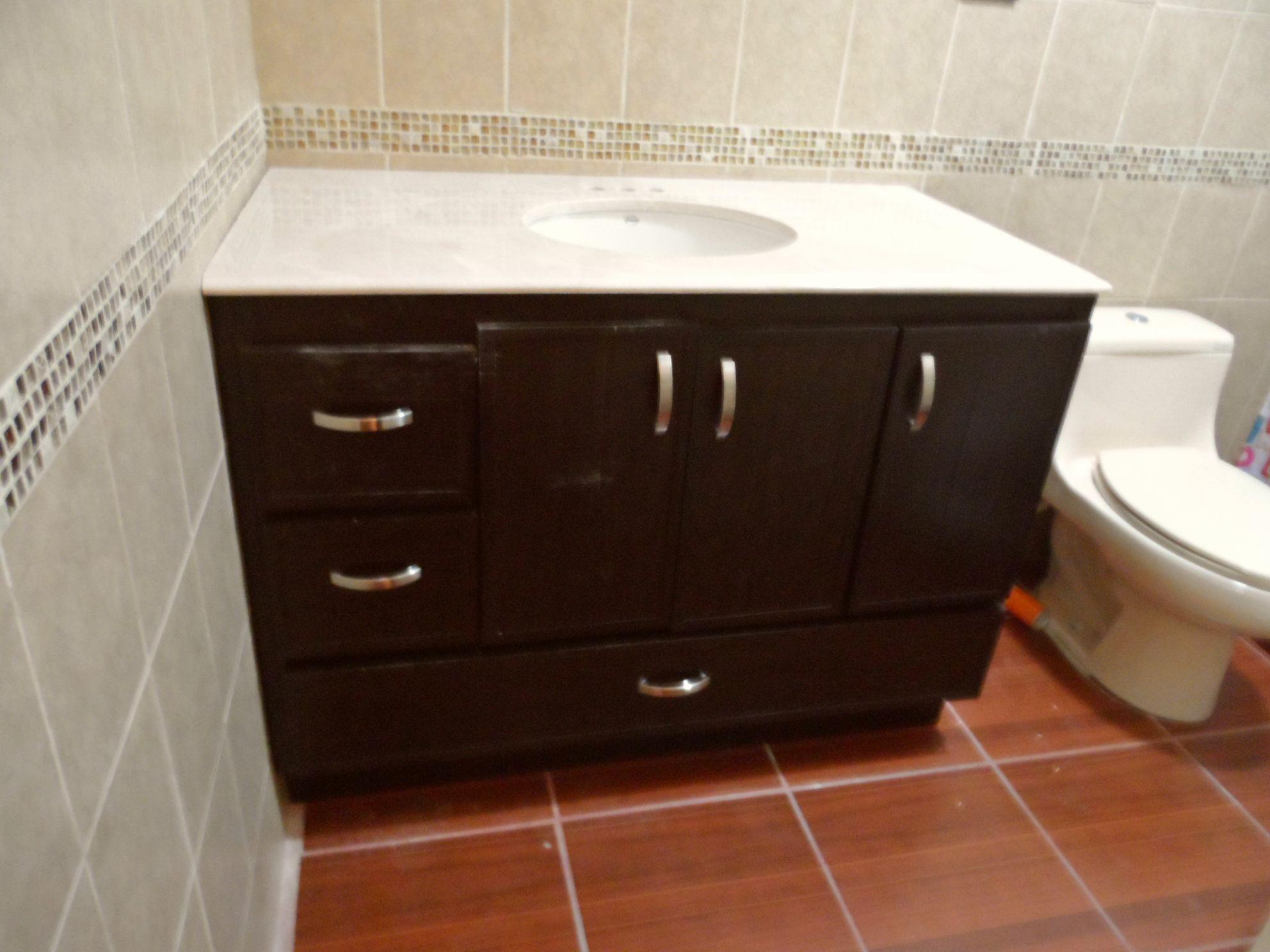 Gabinetes para ba o en pvc for Gabinetes de bano en madera